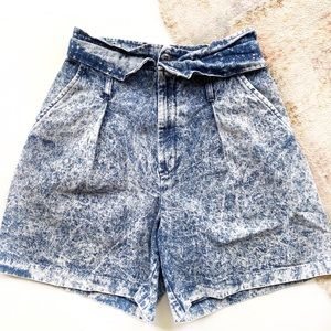 Vintage 80s chic acid washed high waisted …